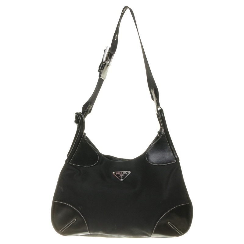 prada logo tasche mit kontrastn hten second hand prada logo tasche mit kontrastn hten. Black Bedroom Furniture Sets. Home Design Ideas