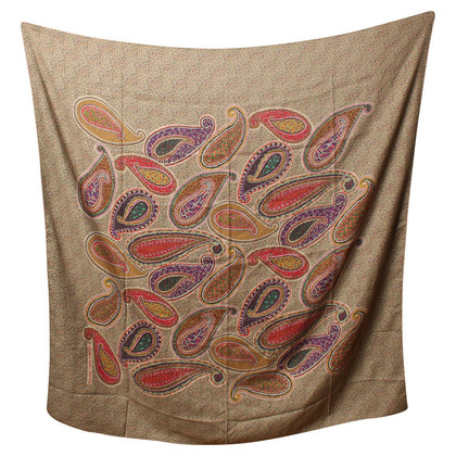 Emanuel Ungaro Cloth with Paisley pattern