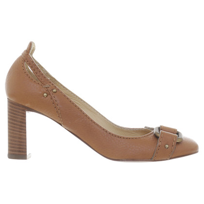 Chloé pumps with decorative buckle