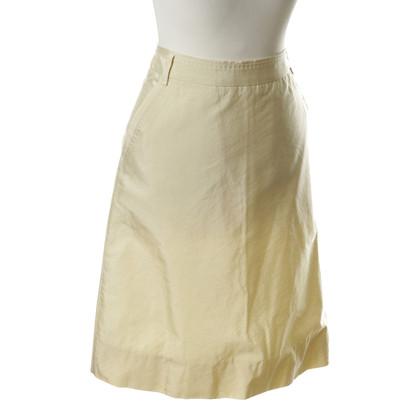 Hugo Boss skirt with a subtle Sheen