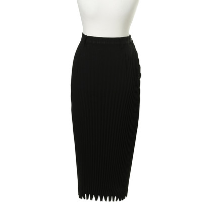 Issey Miyake Pleated skirt in black