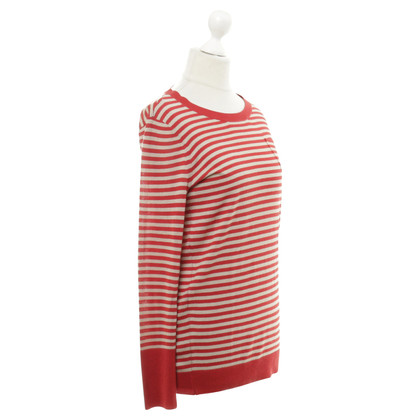DKNY Sweater with stripes-look