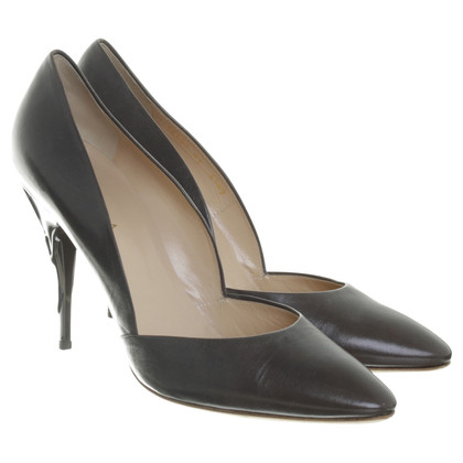 Escada pumps in Taupe