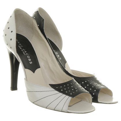 Marc Jacobs Peep-toes in black and white