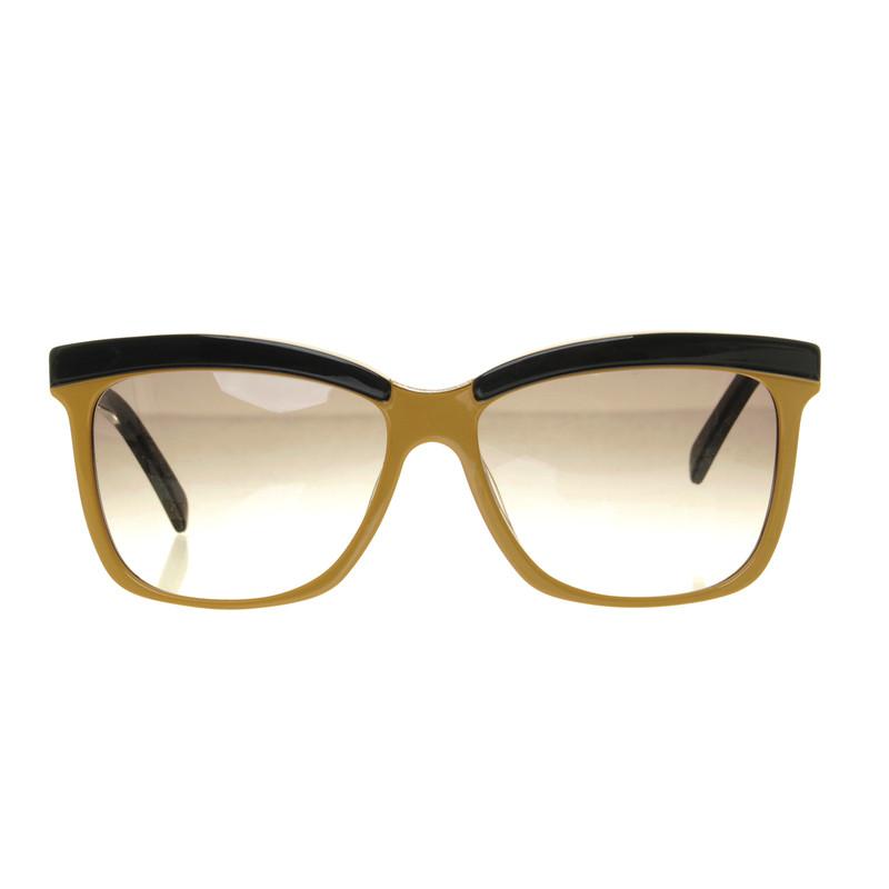 Fendi Sunglasses in beige and black