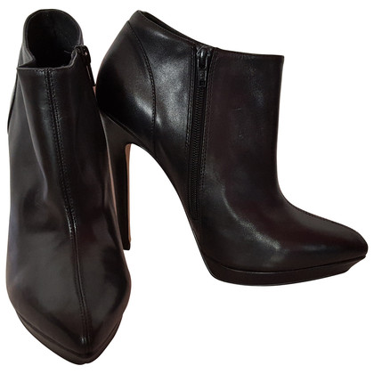 Kurt Geiger Black Leather Ankle boots