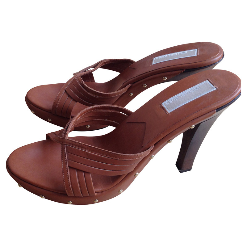 michael kors sandaletten second hand michael kors sandaletten gebraucht kaufen f r 59 00. Black Bedroom Furniture Sets. Home Design Ideas