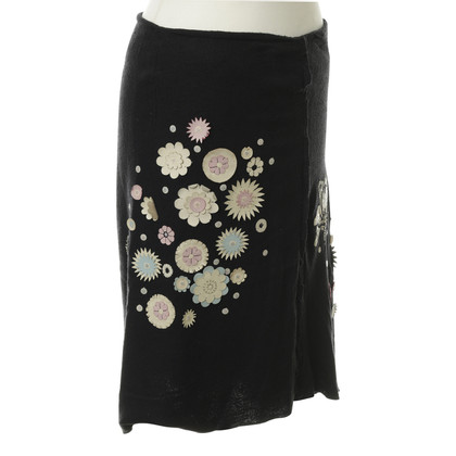 Maurizio Pecoraro  skirt with Lederblumenapplikation