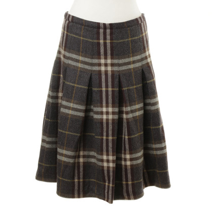 Burberry skirt with Tartan pattern