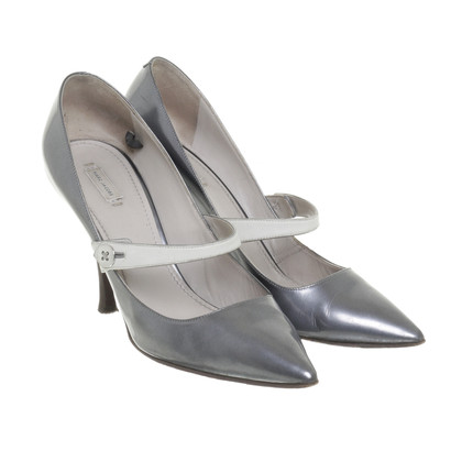 Marc Jacobs Silbergraue Pumps