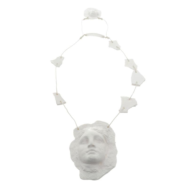 Jean Paul Gaultier Catena nel look di intonaco
