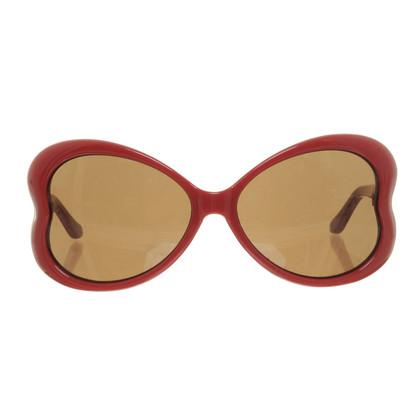 Moschino Rote Sonnenbrille in Herzform