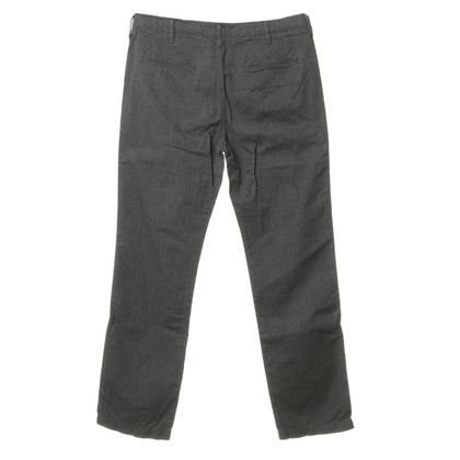 Closed Pants with herringbone pattern