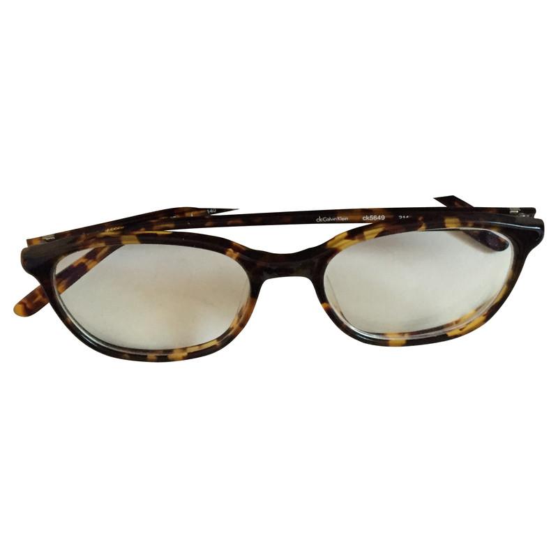 calvin klein brille mit gl sern second hand calvin klein. Black Bedroom Furniture Sets. Home Design Ideas