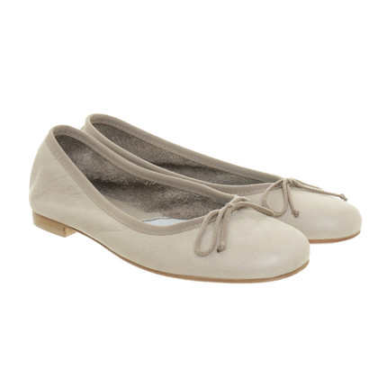 Fred de la Bretoniere Ballerinas in Grau