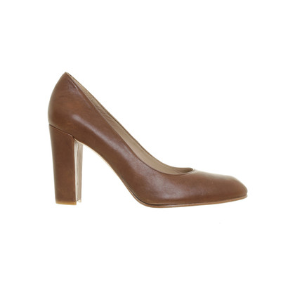 Fred de la Bretoniere pumps Brown