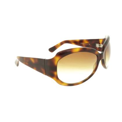 Oliver Peoples Sonnenbrille in Horn-Optik