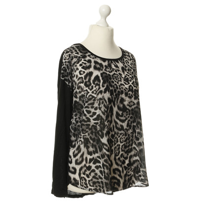 Michael Kors top in the animal look