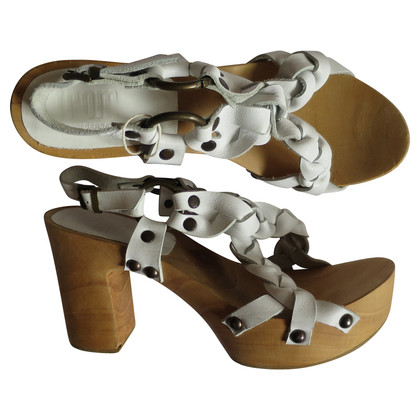 Gianni Barbato Plateau sandals with rivets
