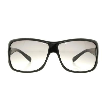 Gucci Sunglasses with Horsebit detail