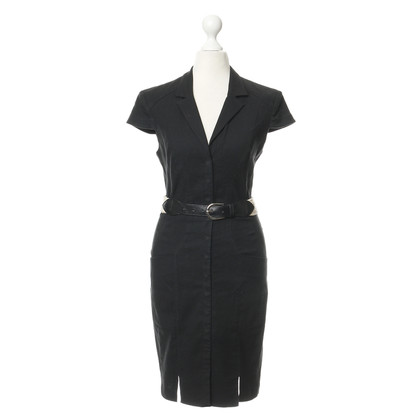 L'Agence Schwarzes Kleid mit hellem Gürtel