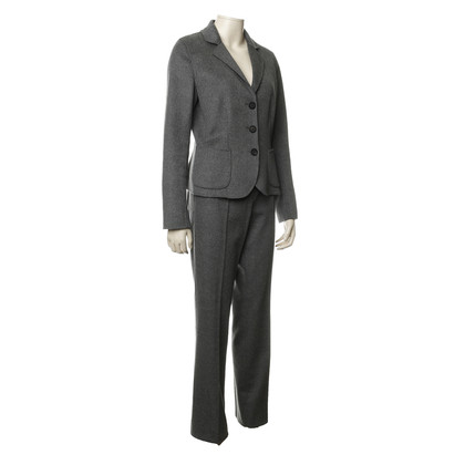 Iris von Arnim Gray pants suit from Kashmir