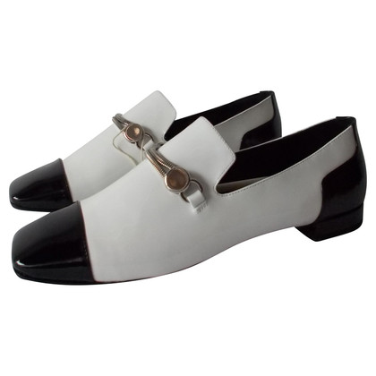 Armani Flat patent leather shoes in cream and black