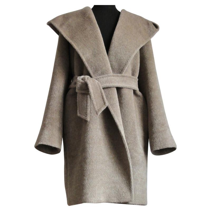 max mara alpaka mantel oversize mit kapuze second hand. Black Bedroom Furniture Sets. Home Design Ideas