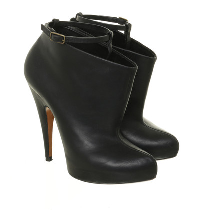 Givenchy Ankle Boots mit Riemendetails