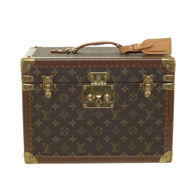 louis vuitton beautycase mit monogram muster second hand louis vuitton beautycase mit monogram. Black Bedroom Furniture Sets. Home Design Ideas