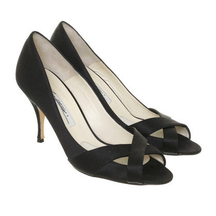 Brian Atwood Pumps in Satinoptik