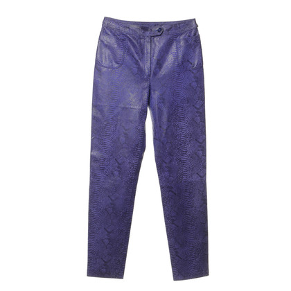 Emanuel Ungaro Suede pants in the reptile look
