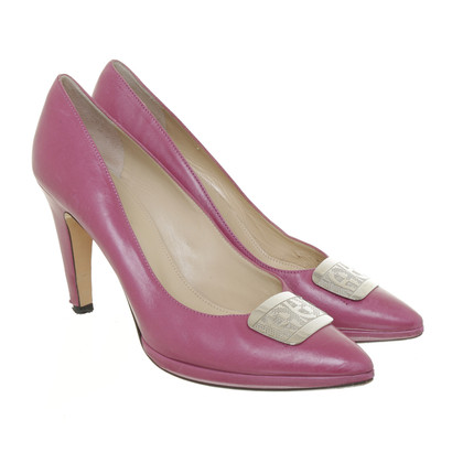 Aigner Pumps with appliqué logo