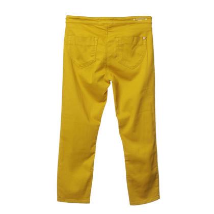 Max Mara Jeans in giallo senape