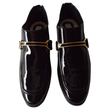 Stella McCartney Lackloafers with gold buckle
