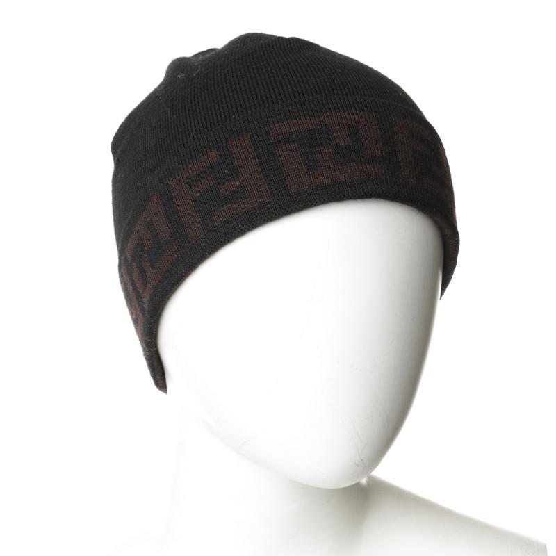 Fendi Bonnet de laine et gants