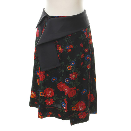 Céline Asymmetric skirt with a floral pattern