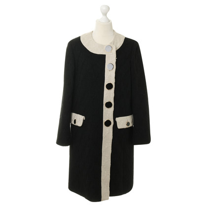 Milly Coat in the fifties-look