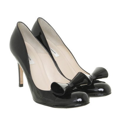 L.K. Bennett Patent leather Pumps with grinding finishing