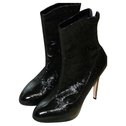 Brian Atwood Crashed Plateau Booties in Schwarz