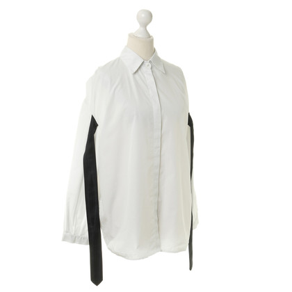 Dries van Noten Witte blouse met zwarte strepen