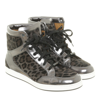 Jimmy Choo Sneakers met bont in de Leo-look