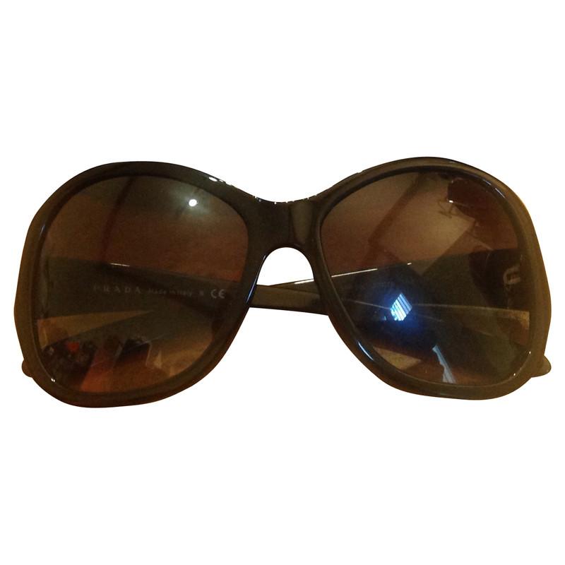 prada sonnenbrille in schwarz second hand prada sonnenbrille in schwarz gebraucht kaufen f r. Black Bedroom Furniture Sets. Home Design Ideas