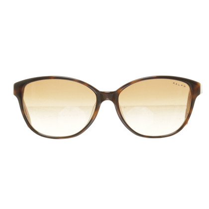 Polo Ralph Lauren Sunglasses in the cat-eye look