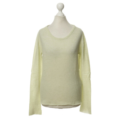 Rich & Royal Cashmere sweaters in lime green