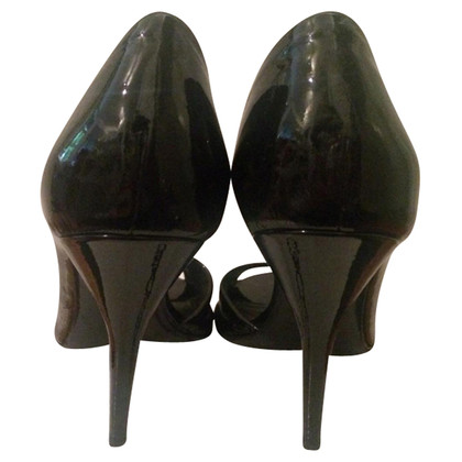 Givenchy Patent leather heels