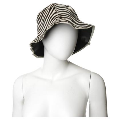 Furla Hut mit Kurzhaarfell