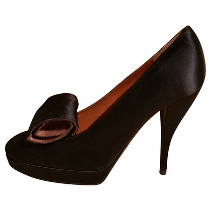 Lanvin Black satin pumps