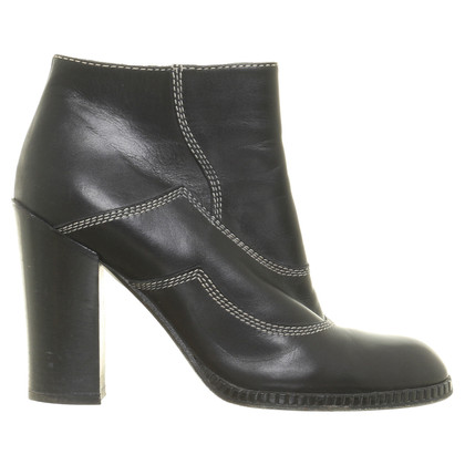 Bottega Veneta Ankle boot with contrast stitching