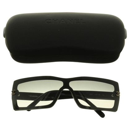 Chanel Sunglasses with logo detail